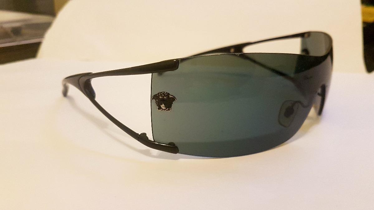 Óculos De Sol Versace Original Semi-novo - R  200,00 em Mercado Livre b9c8534c16