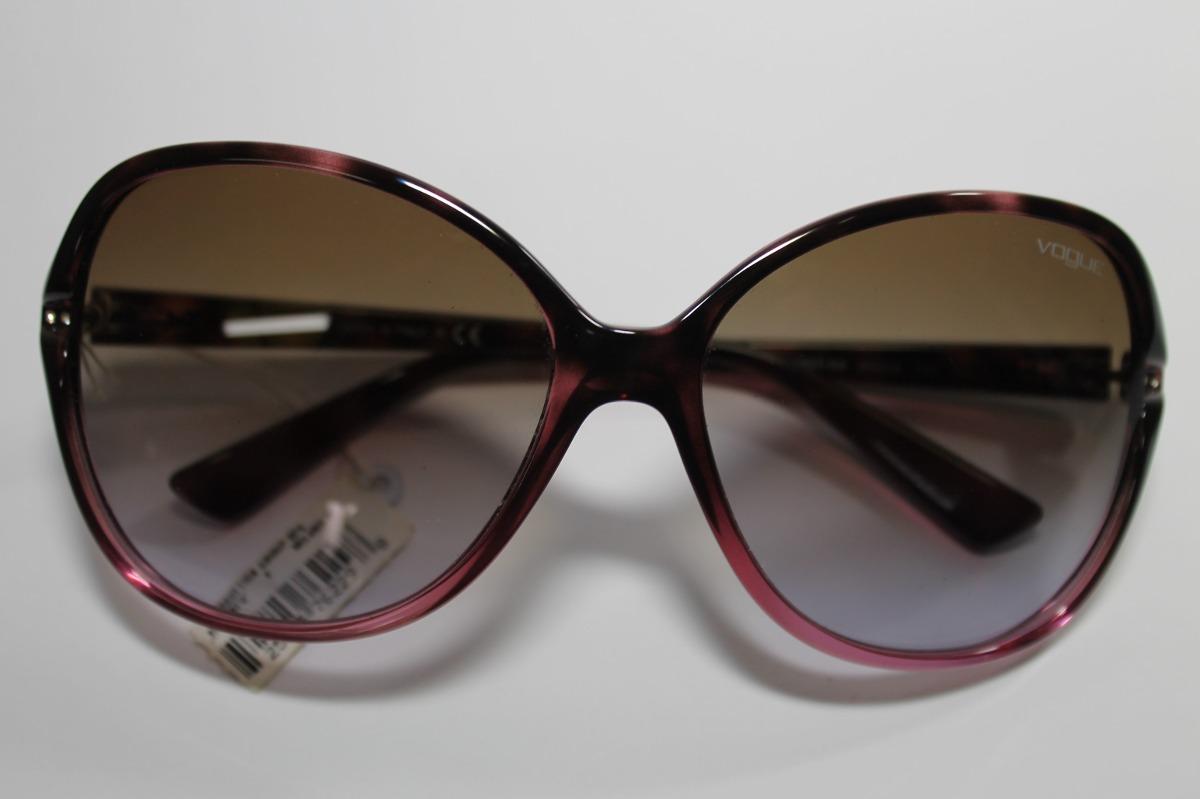 f78fe4e5a89cb ... cód. vo2704-s-b 1994 68. Carregando zoom... óculos sol vogue.  Carregando zoom.