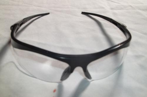 óculos transparente bike com armação preta oklus