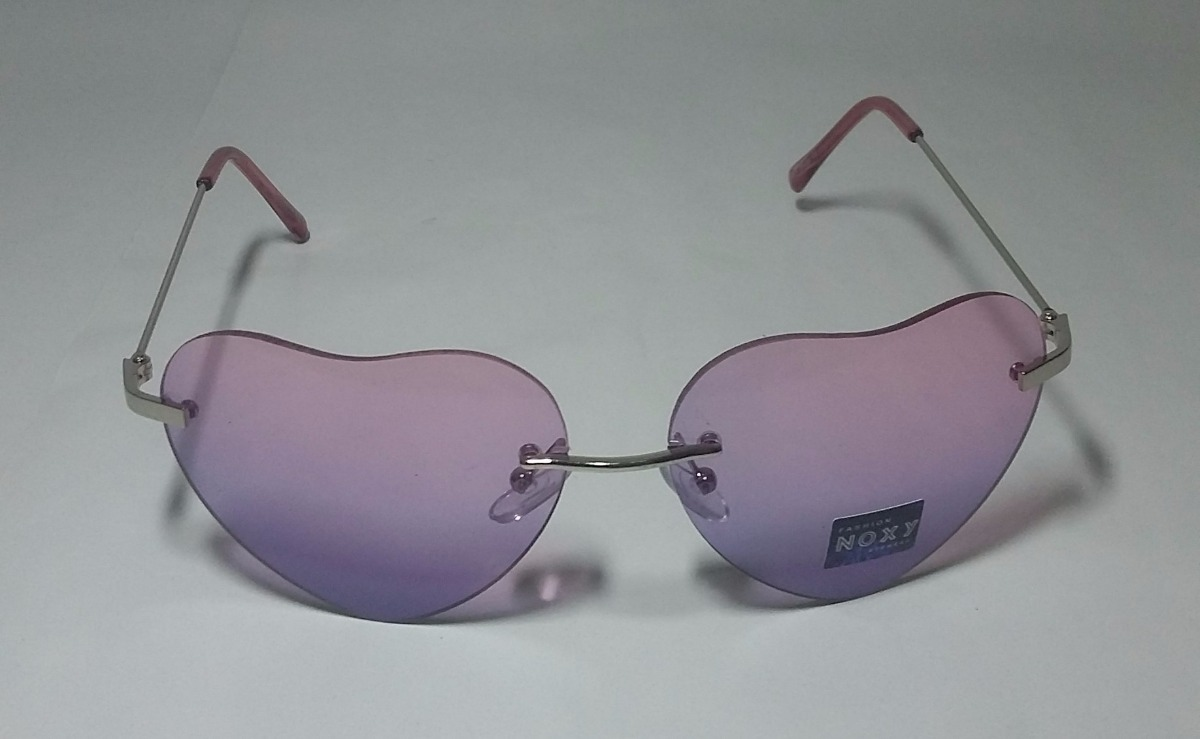 Óculos Transparente De Coração Da Moda - R  20,00 em Mercado Livre 8a068a26a7