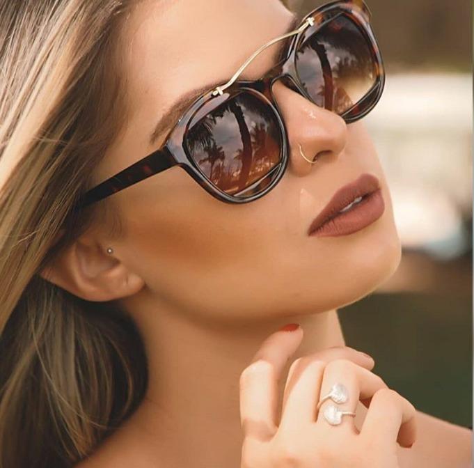 be92c5f38744e Óculos Versat Gold Premium - R  190