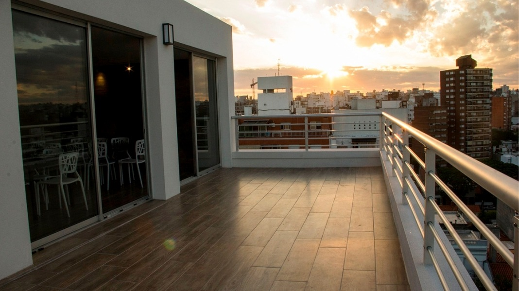 ocupa ahora - penthouse fte. c/terraza y parrillero