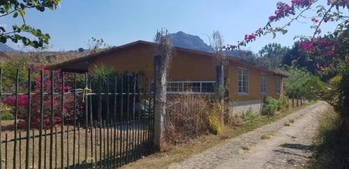 oferta :casa en construcción en tepoztlán