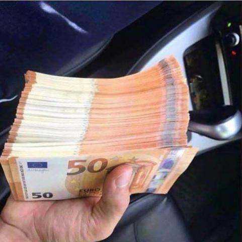 oferta de dinero para la fiesta whatsapp :+593 99879 1598