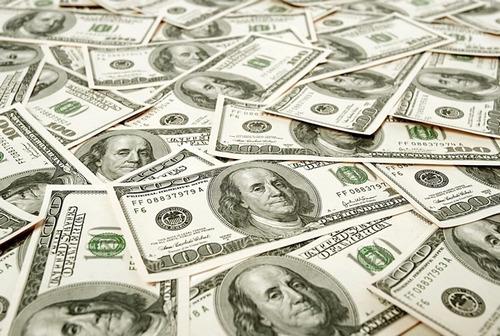 oferta de préstamo entre individuo serio y confiable