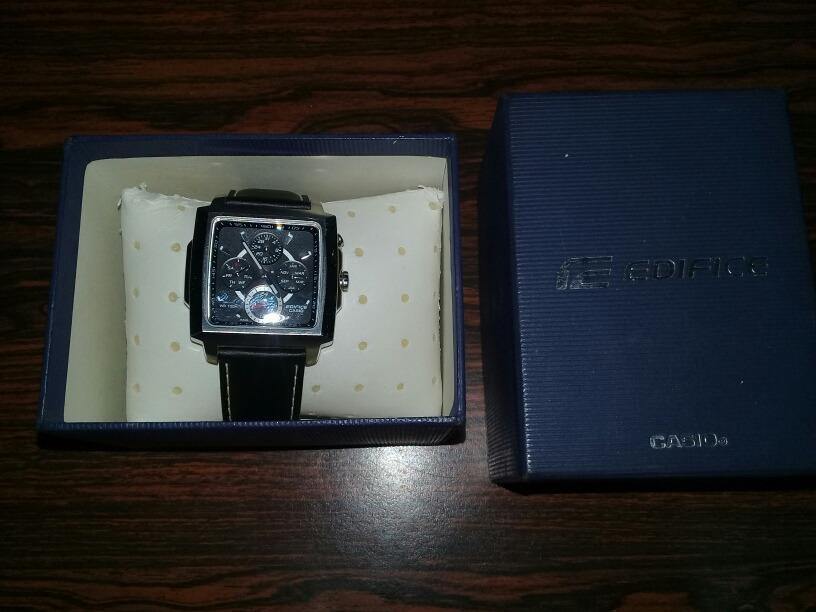 fb939d20237e oferta. hermoso reloj casio edifice. Cargando zoom.