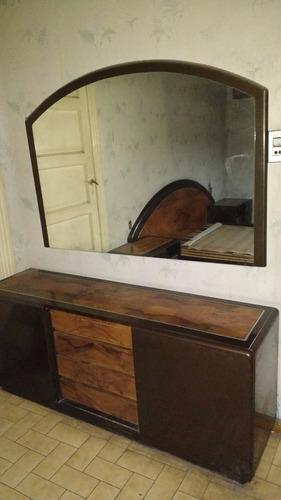 oferta juego  dormitorio,2 mesitas de luz  cómoda con espejo