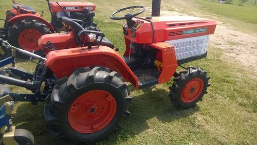 oferta tractor kubota b1400 4x4 con chirquera nueva incluida