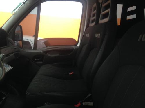 oferta utilitário iveco daily 35s14 bau 3,90 com serviço