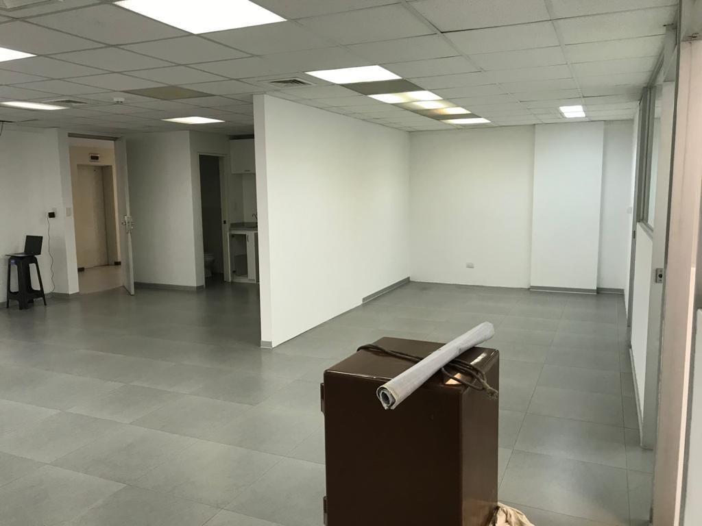oficina 114 m2 edificio metropolis en calle boulevard, surco