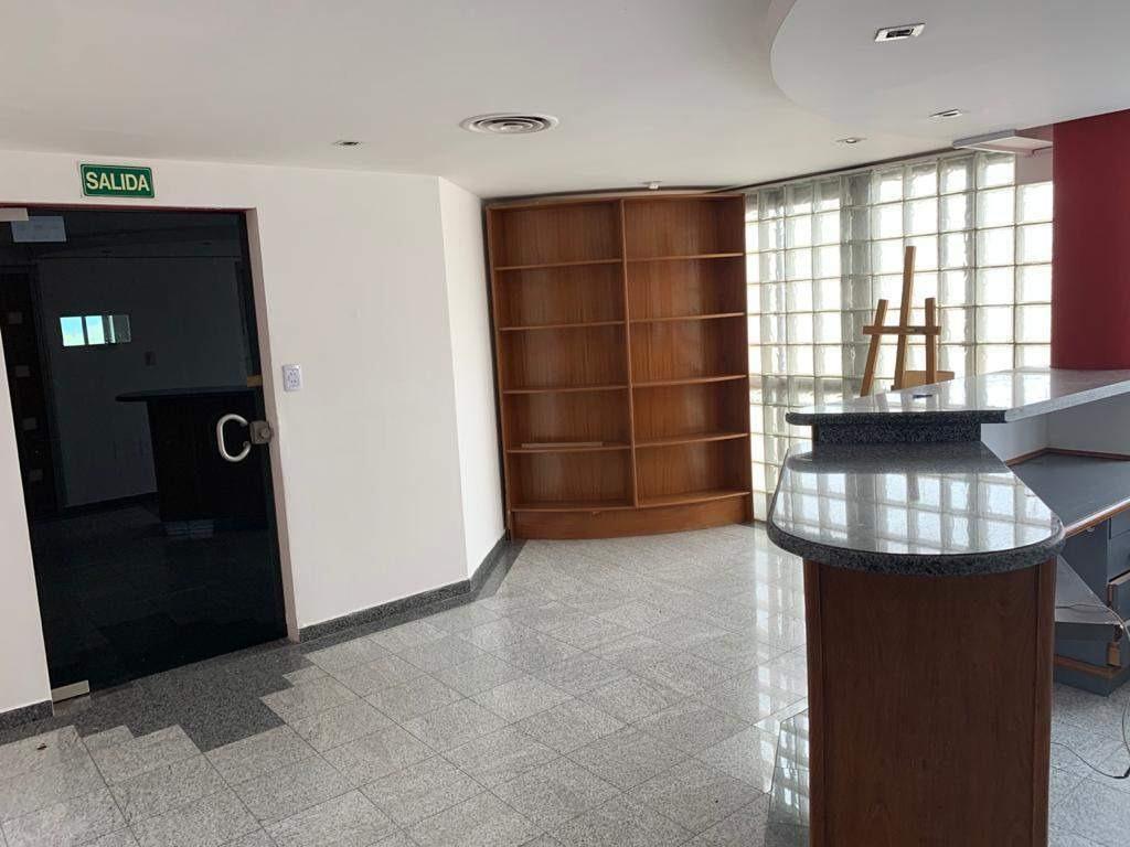 oficina 130 mts - 25 de mayo 125 (sala de reuniones 2 privados - recepción)