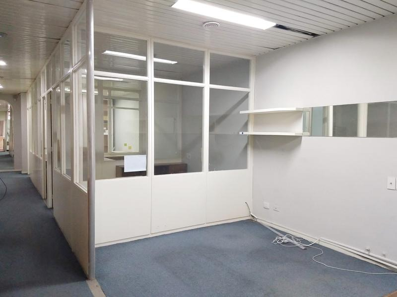 oficina 200m2 sobre av. de mayo