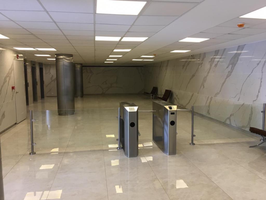 oficina 286 m2 sobre acceso oeste km. 17 vilanova office