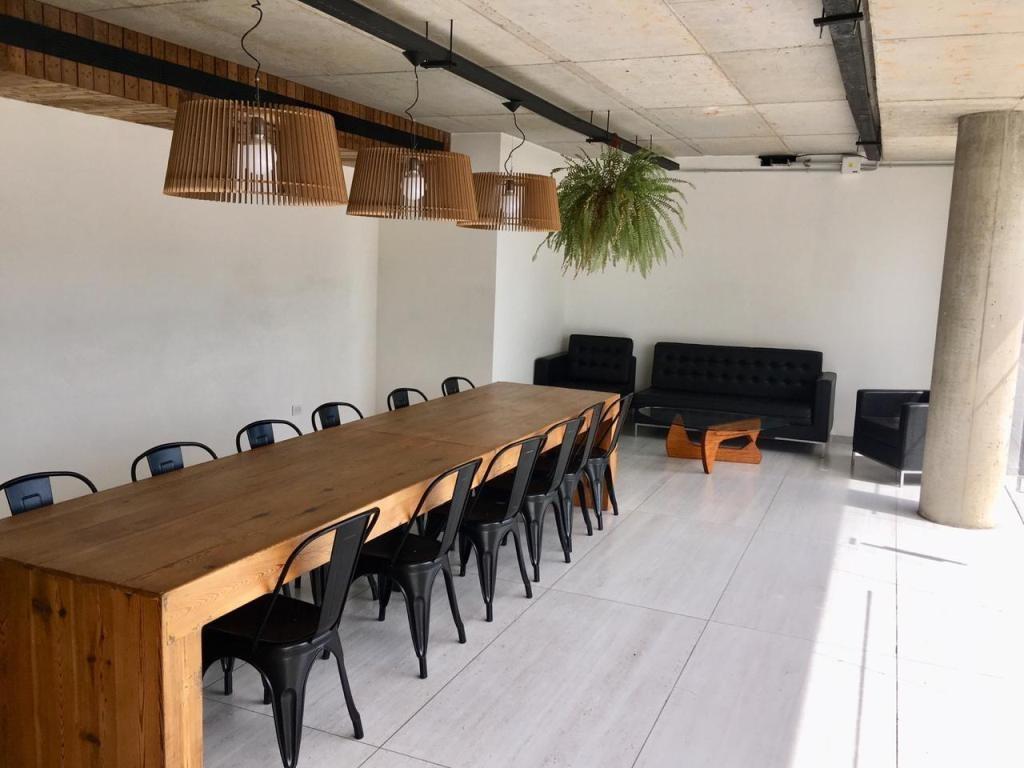 oficina 298 m2 sobre acceso oeste km.17 en vilanova office
