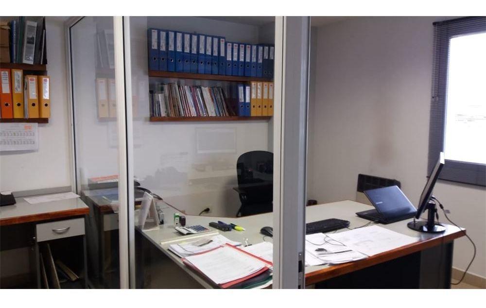 oficina + 3 cocheras
