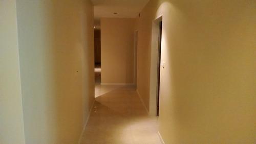 oficina 35 mts2 pilar centro primer piso excelente ubicacion