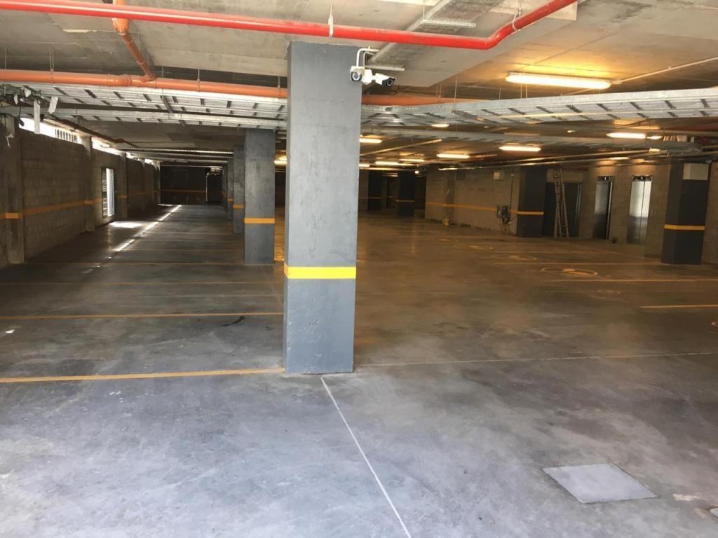 oficina 36 m2 en alquiler. acceso oeste km17 vilanova office