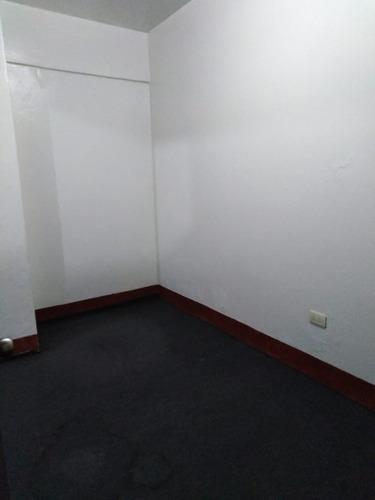 oficina 37.58 m2 cercado de lima,  av. tacna y emancipación.
