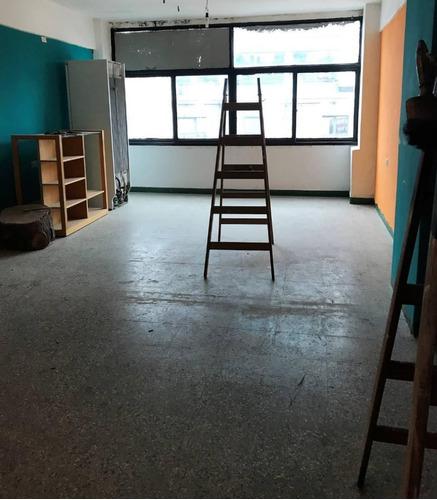 oficina 40 mt en alquiler, centro de sm!! campos 1900