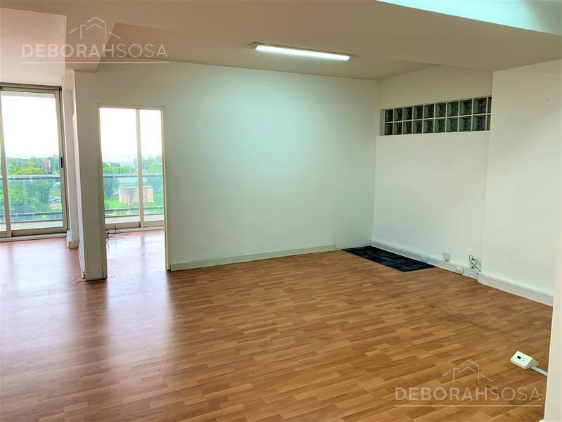 oficina 49mts en alquiler sobre corredor libertador! vista abierta.
