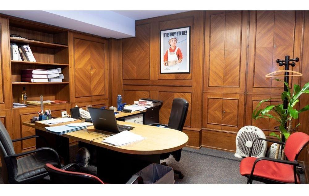 oficina 505 m2, 4 coch, microcentro