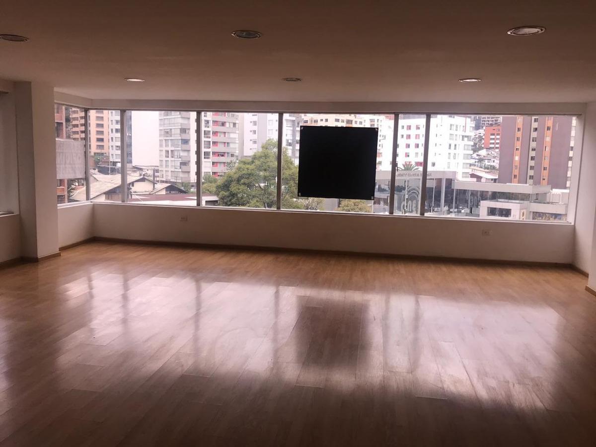 oficina 6to piso - eloy alfaro y av.6 de diciembre