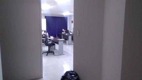oficina 802ubicada en 8° piso140 m2recepciónsala de juntascocineta1 privadoárea abiertapiso láminadoplafonesluminariasbaños privadosbaños en entrepiso1 estacionamientoel edificio cuent