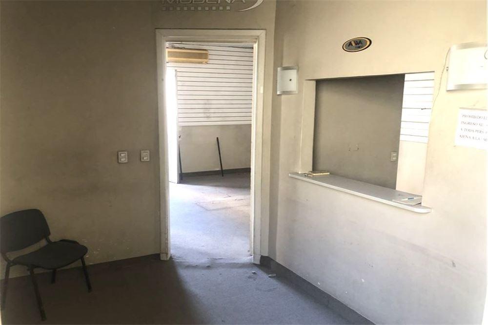 oficina a refaccionar zona obelisco ideal hostel!