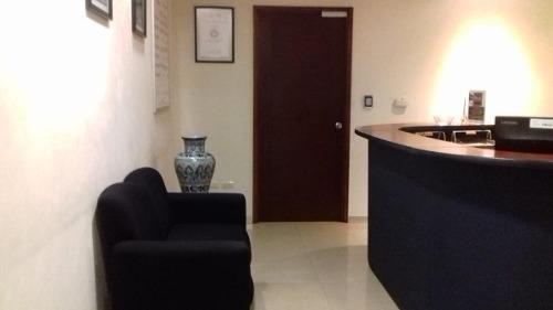 oficina adecuada en renta 409 m2 / torre corporativa zona las ánimas.