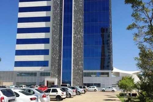 oficina adecuada en venta en torre corporativa cerca de ciudad judicial, puebla