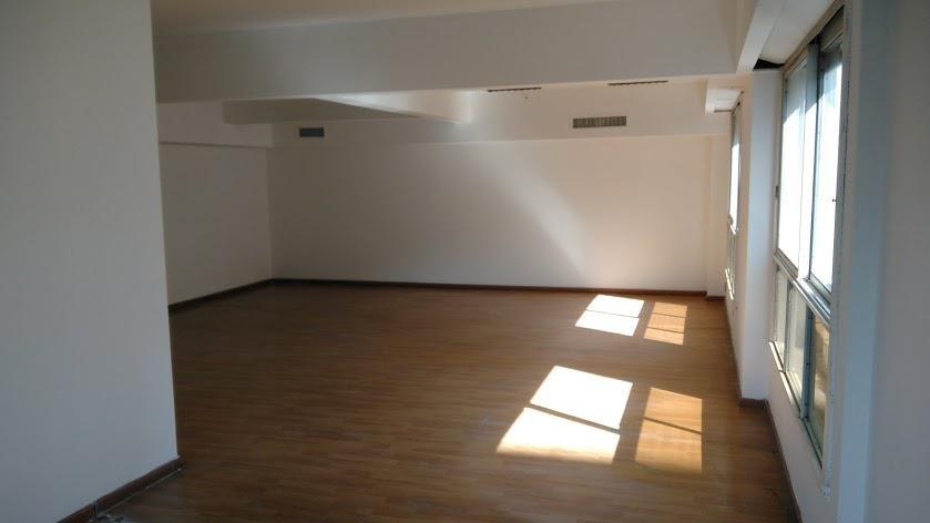 oficina - alquiler - retiro - 205m2 cochera
