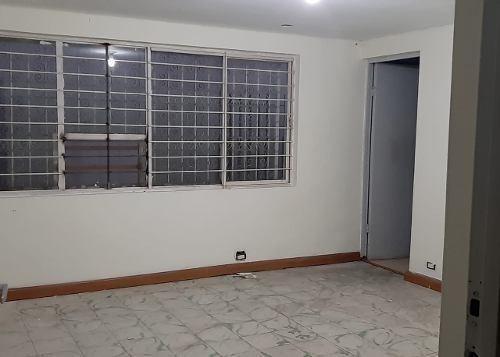 oficina amplia loma larga excelente ubicación y precio