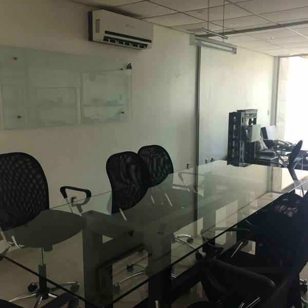 oficina amueblada en venta, rufino tamayo, fracc. paraíso