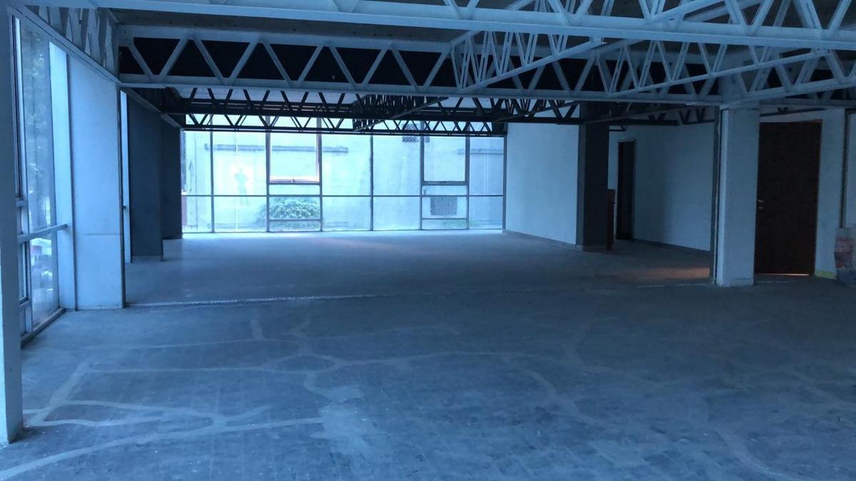 oficina area abierta en guadalupe inn