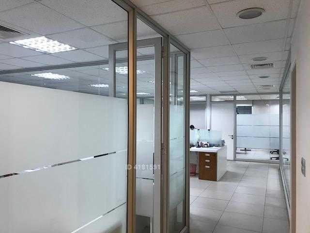oficina arrendada ciudad empresarial