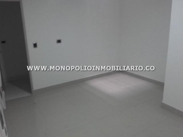 oficina arrendamiento - zona centro envigado cod: 11946