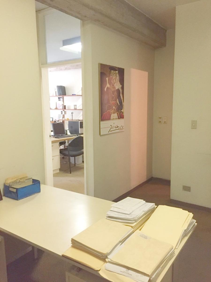 oficina c.c. bello monte / vende tenca 0412-9863754