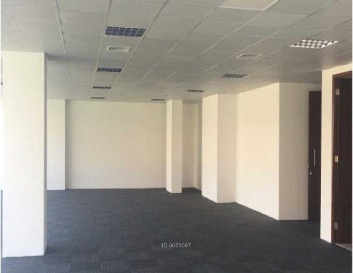 oficina ciudad empresarial / huechuraba