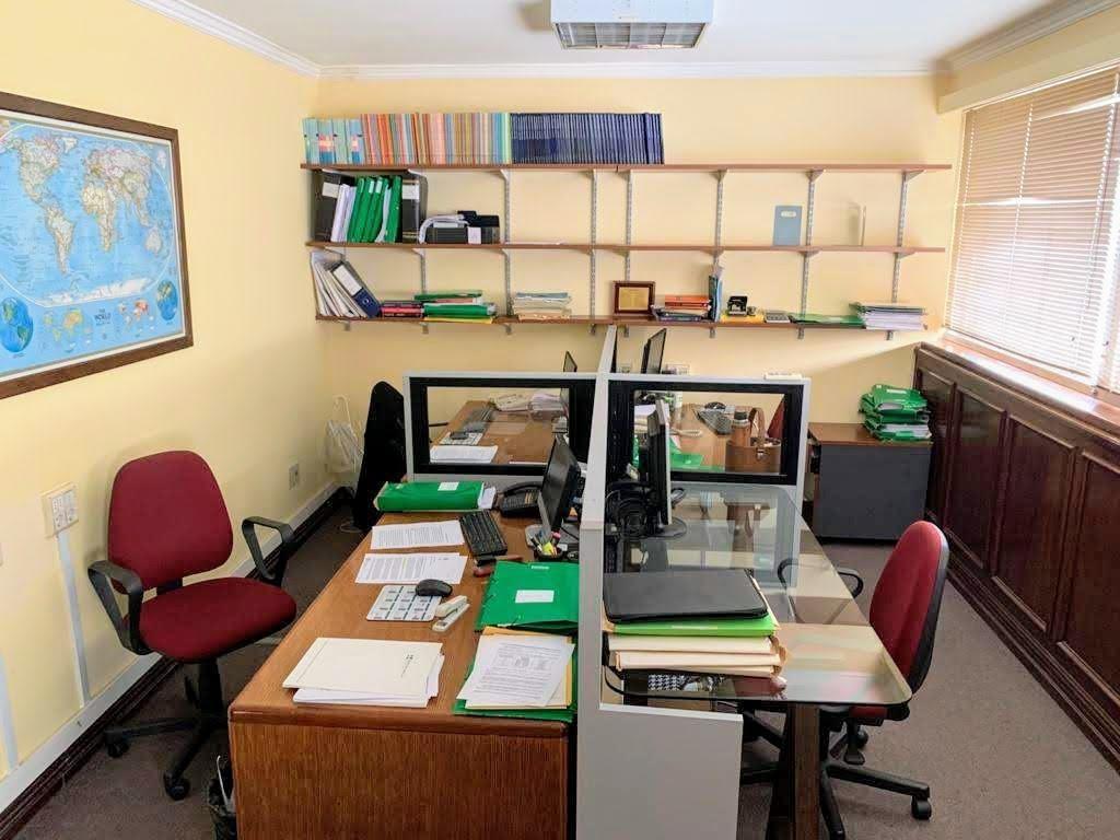 oficina - ciudad vieja