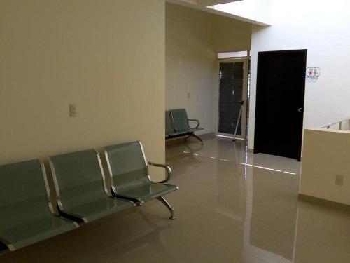 oficina comercial en renta fracc infonavit los laguitos