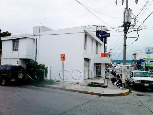 oficina comercial en renta tajin