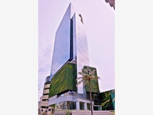 oficina comercial en renta torre las américas