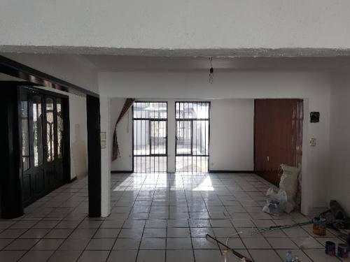 oficina comercial en renta zona centrica