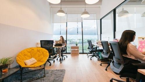 oficina completamente equipada para 4 personas en lomas de santa fe.