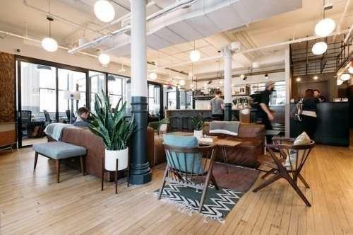 oficina completamente equipada servicios incluidos para 12 a 15 personas.