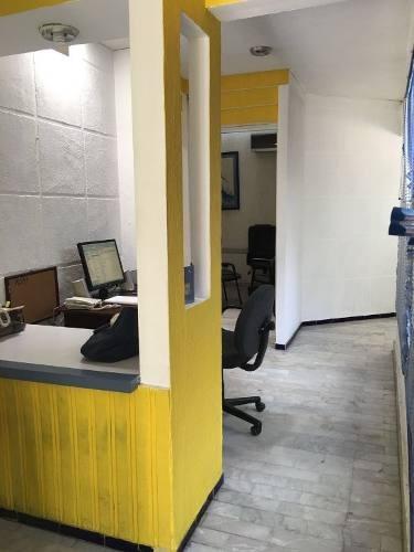 oficina con excelente ubicación col. mexico