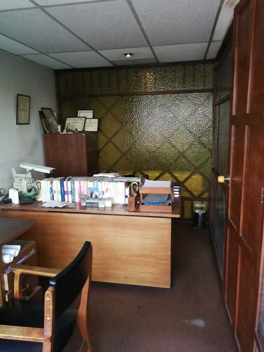 oficina con parqueadero incluido 44mts