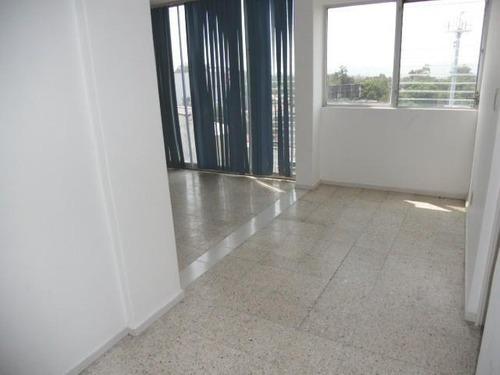 oficina / consultorio  en colonia miraval / cuernavaca - est-600-of