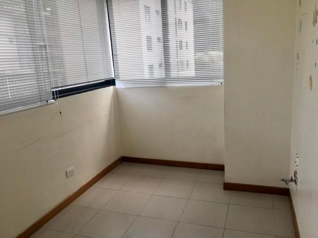 oficina consultorios apartamento en venta mls #20-961 yb