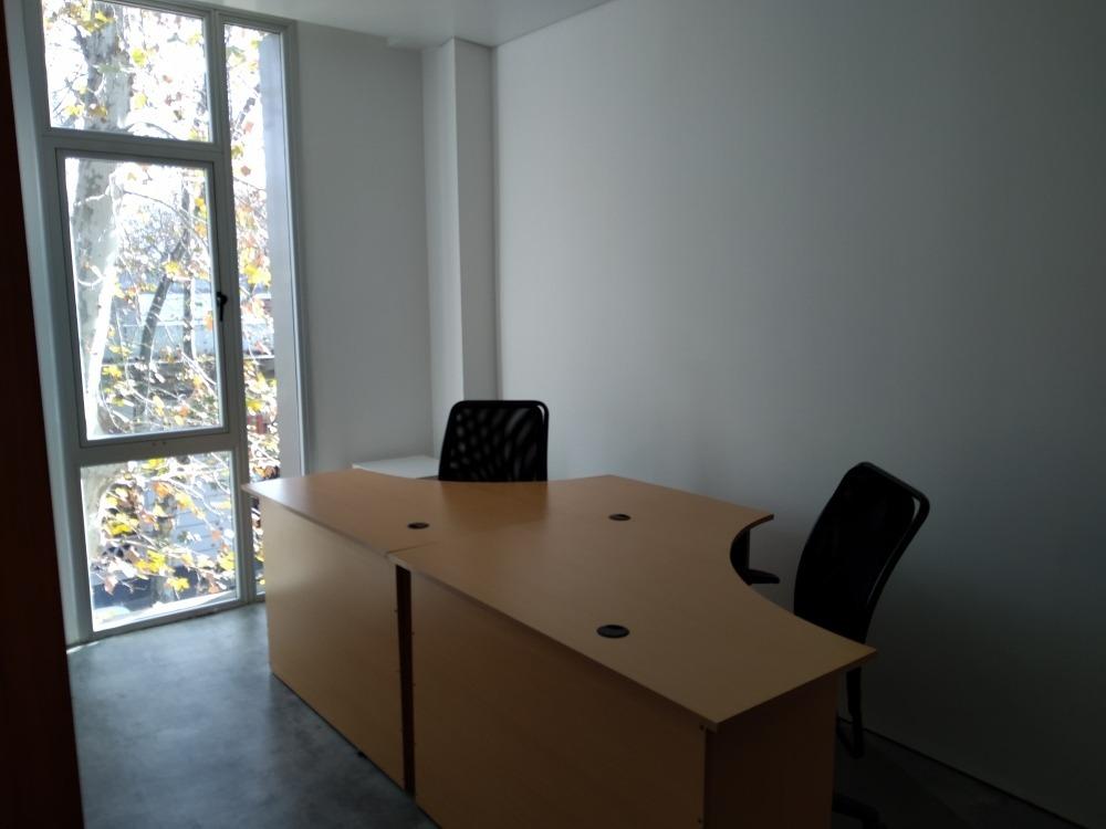 oficina de 110m2 en parque rodó